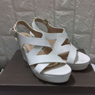 Chelsea Wedge White Shoes