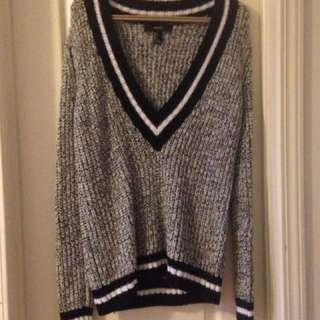 Varsity Style Sweater - Forever 21