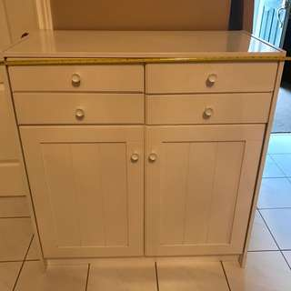 White Cabnet/TV Stand