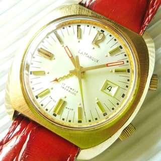 瑞士LaMarque 古董響鬧錶 原裝面無番寫,響鬧功能清晰響亮 17J上錶機芯,已抹油行走精神 錶頭36mm不連的,錶耳20mm濶 代用皮帶,淨錶$3800,有意請pm