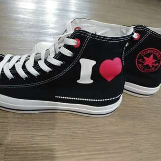 Very new Converse (red) high top shoes sneakers