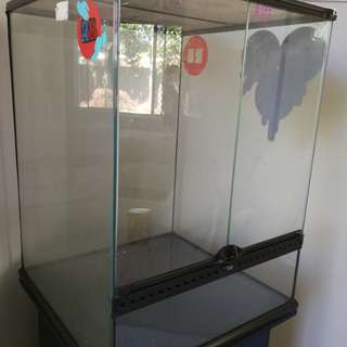 Exo Terra Reptile Enclosure with Cabinet Stand