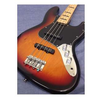 Squier Vintage Modified 70s Jazz Bass FSR (Maple)