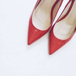 Vegan Leather Pumps Closed Shoes Heels