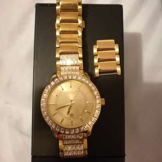 Rip Curl Gold Watch