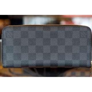 BNIB Louis Vuitton Zippy Mens Wallet Damier Graphite