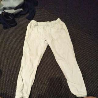Roxy size small chinos