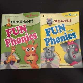Phonics Books includes Audio CD (bundle of 2)
