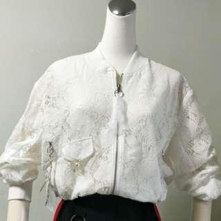 🚚 蕾絲短版外套