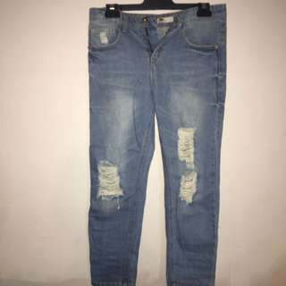 Temt ripped boyfriend jeans