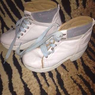 Boots Velvet
