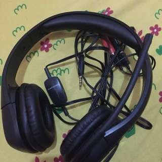 Plantronics headphones