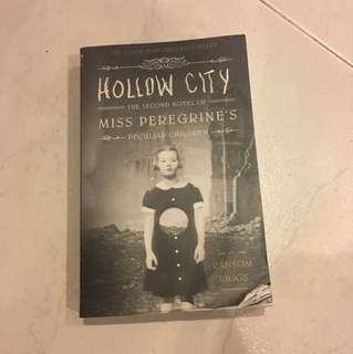 Miss Peregrine's Peculiar Children Hollow City