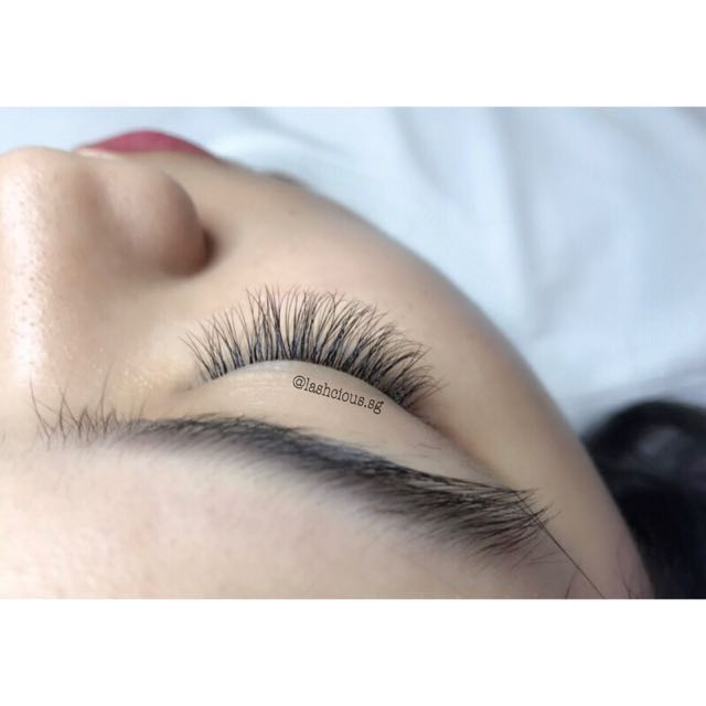 03a218db703 2D Volume Lash Extensions, Health & Beauty, Makeup on Carousell