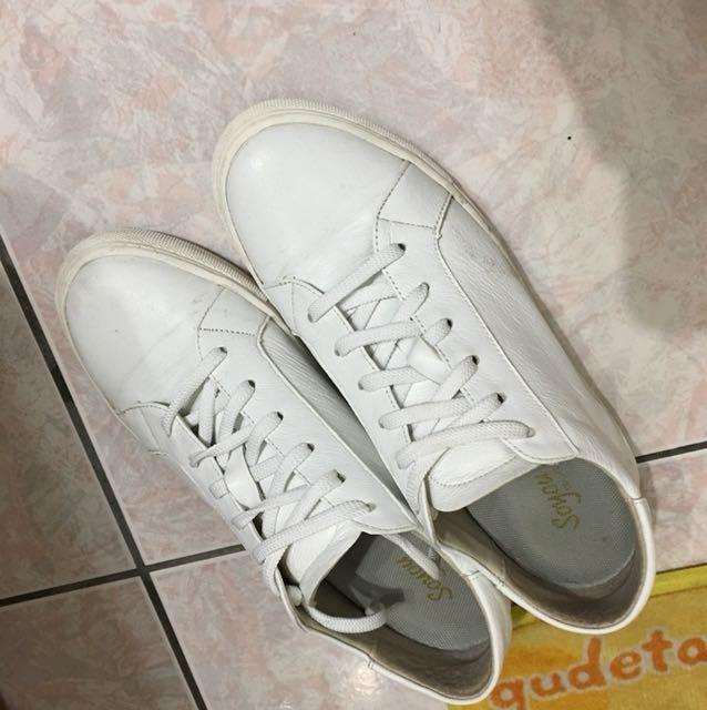 韓版小白鞋