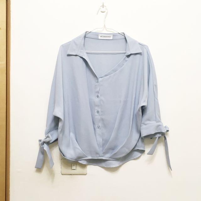 全新。灰藍色韓版七分袖雪紡襯衫