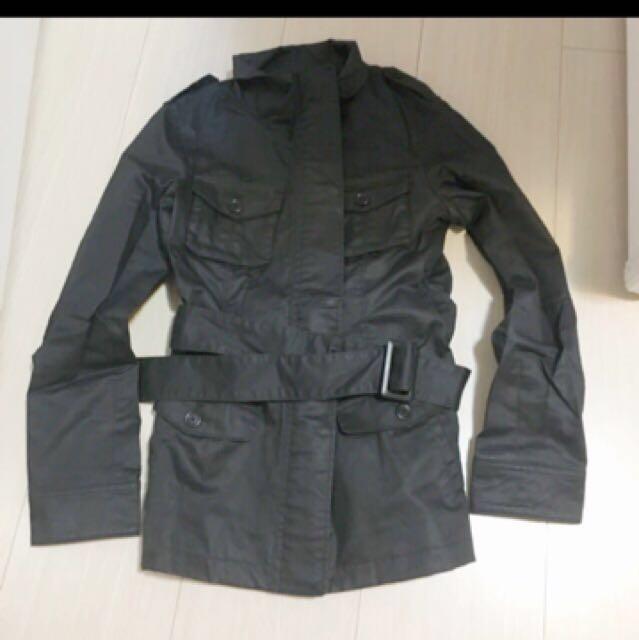 #外套特賣 Uniqlo 厚版腰帶夾克