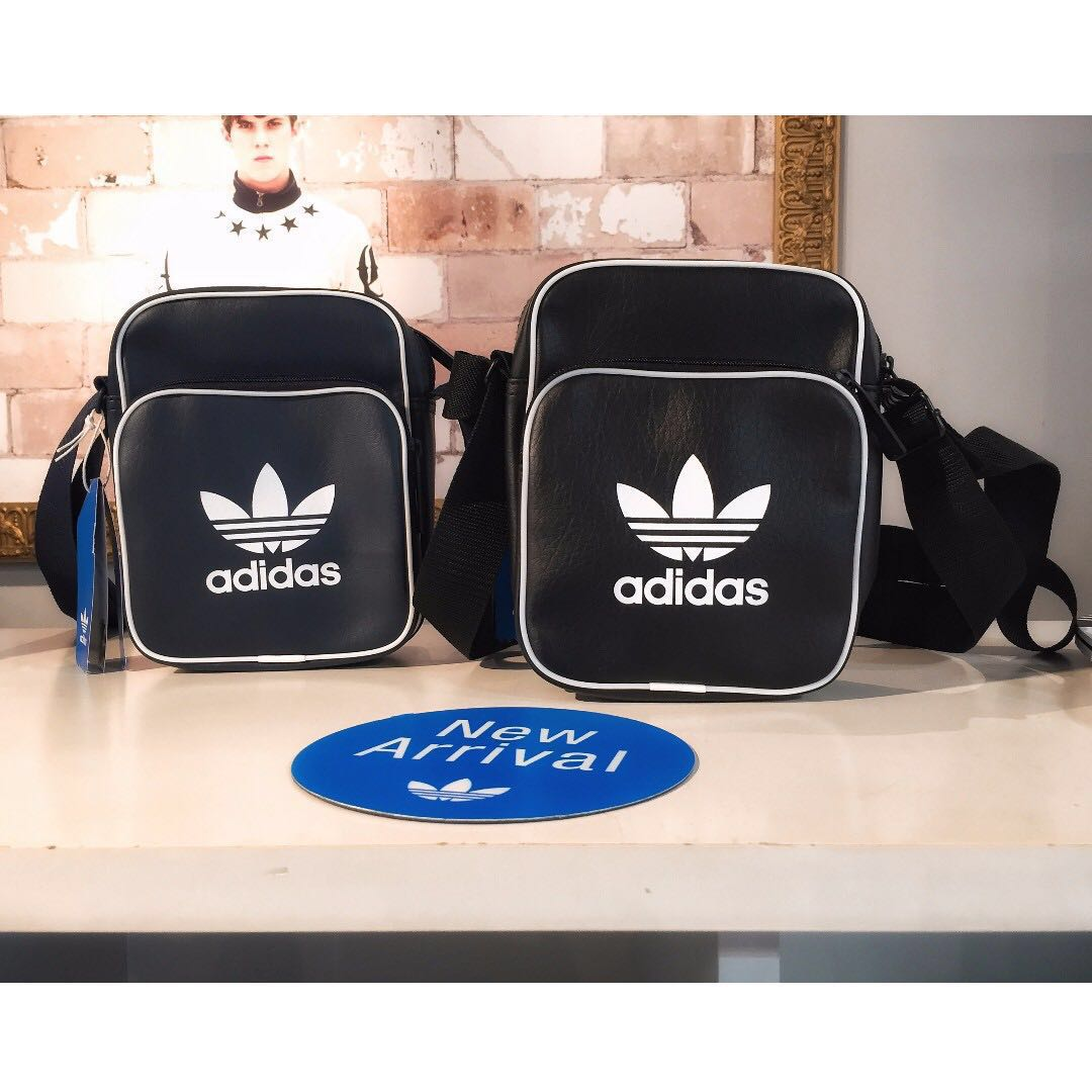 Adidas Originals Pouch Mini Bags Faux Grained Leather Cross Body Bag ... e660b5c2bbde1