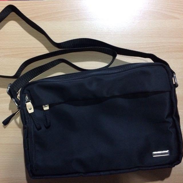 Beverly Hills Polo Club Bhpc Travelite Sling Bag Men S Fashion Bags Wallets On Carou
