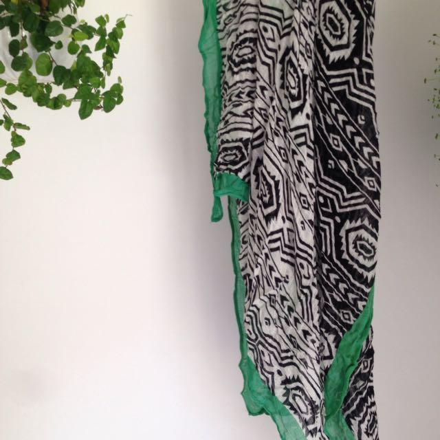 Black White Green Light Scarf