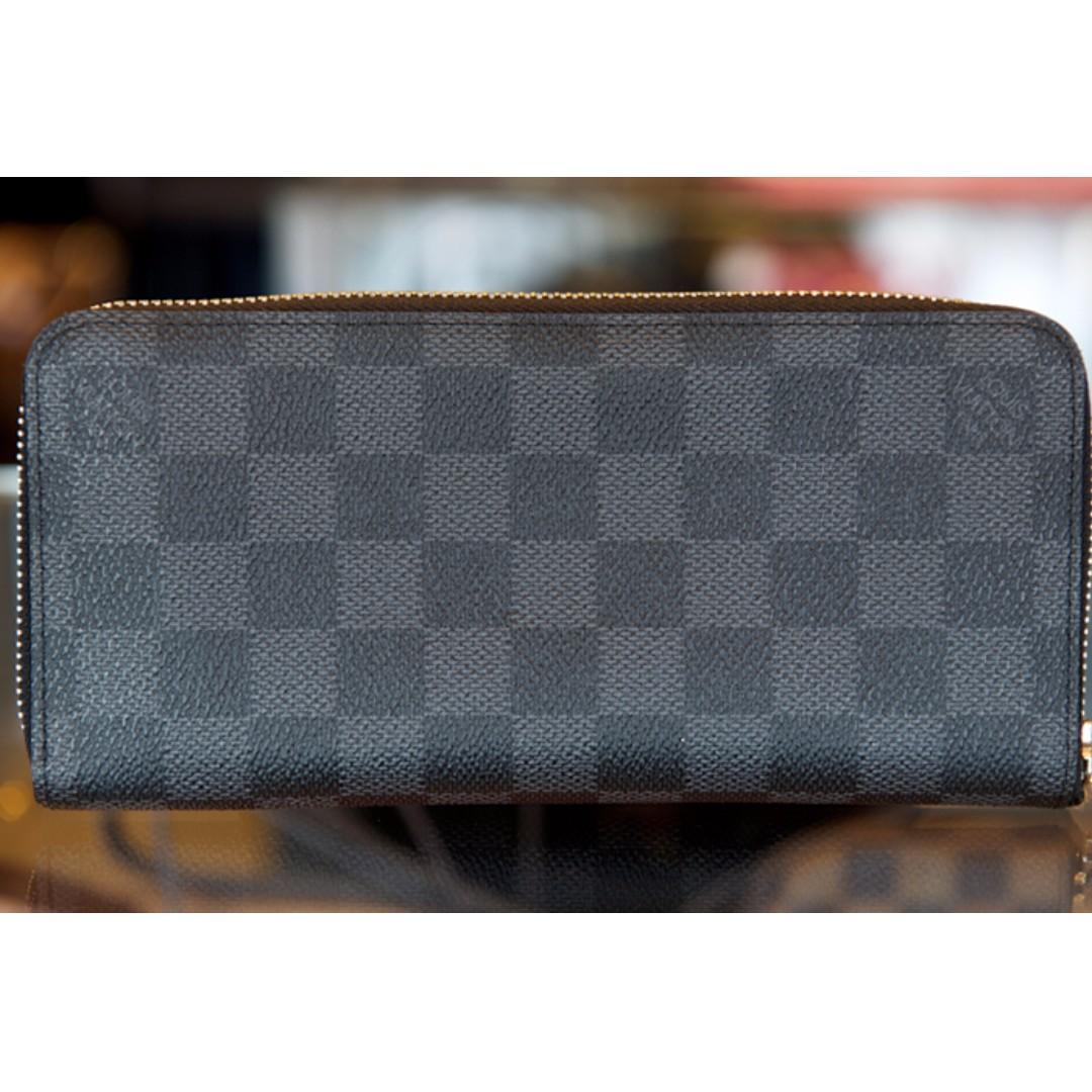 dff60b7a7850 BNIB Louis Vuitton Zippy Mens Wallet Damier Graphite
