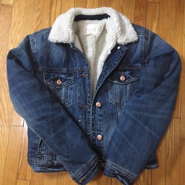 BNWT - *reduced*Denim Sherpa Jacket