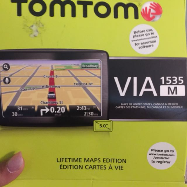 Brand new in box tomtom gps *lifetime maps edition*
