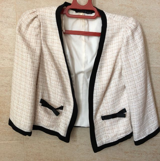 91a62a91c332 Chanel inspired blazer, Women's Fashion, Clothes, Outerwear on Carousell
