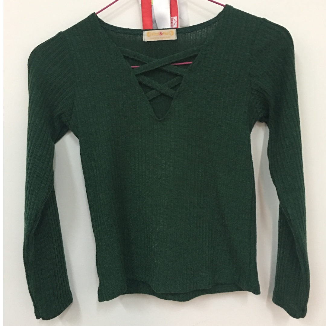 debdcd5ec5f9d Cross emerald green top