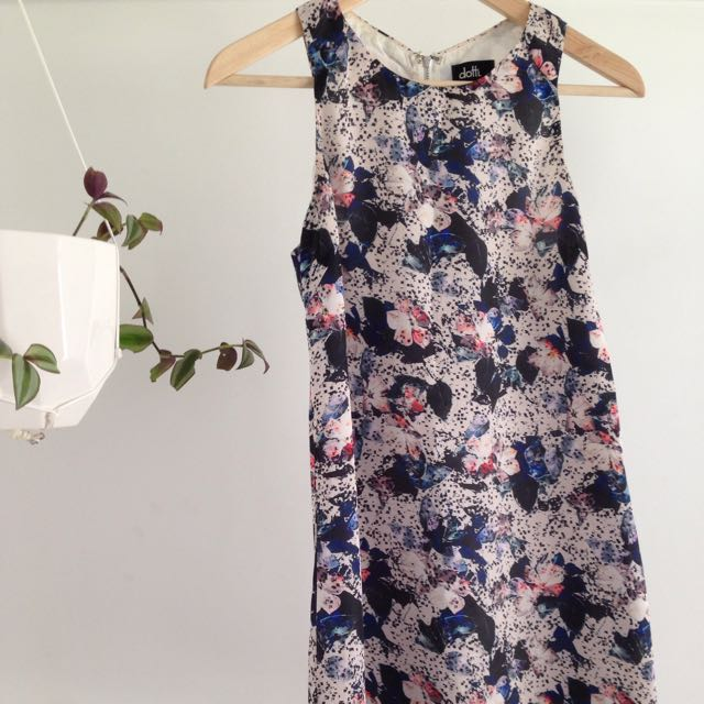 Floral Shift Dress Size 6