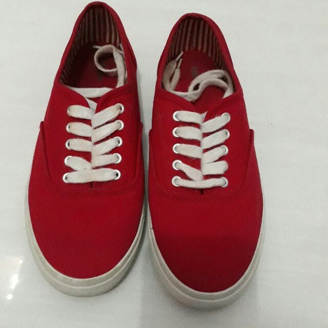 Forever 21 red shoes