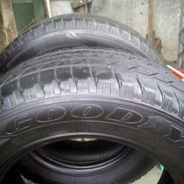 fortuner tires