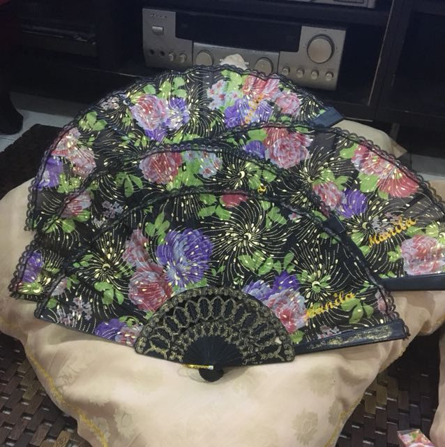 """Hand Fan with """"Manila""""  embroider"""