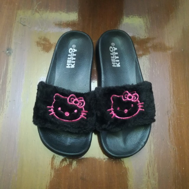 Hello Kitty Slip On