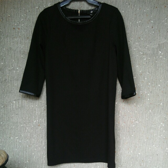 H&M 3/4 Dress