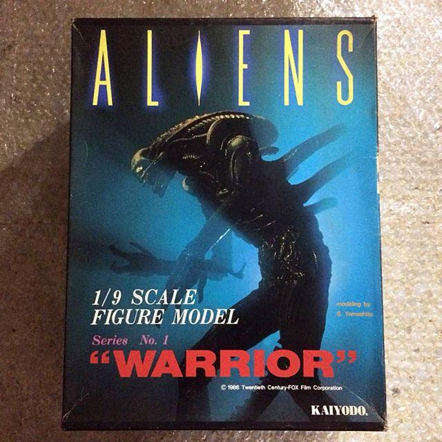 """Kaiyodo ALIENS 1:9 Scale Warrior Alien Soft Vinyl Kit 10"""" (1986)"""