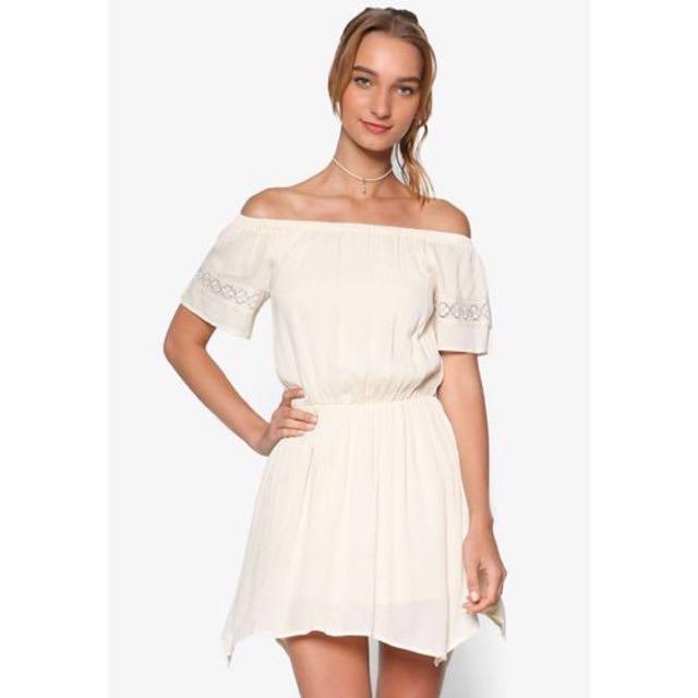 Lace Trim Off-Shoulder Dress