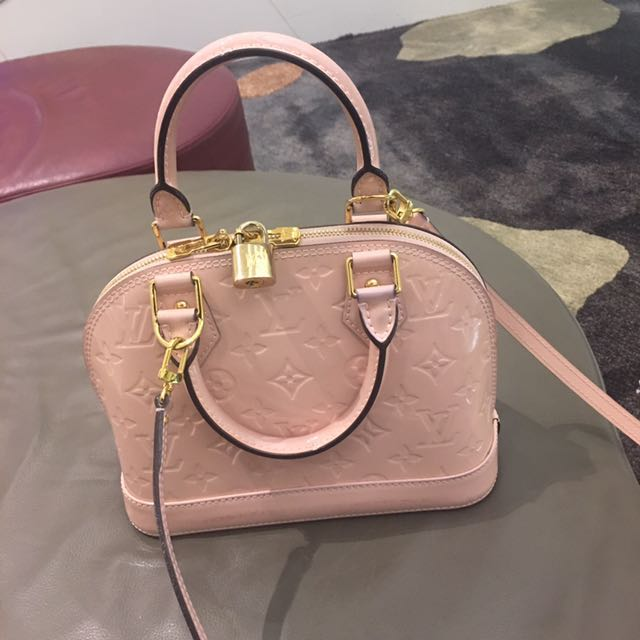 64dbeefd2c83 Louis Vuitton LV Alma BB in pink patent leather