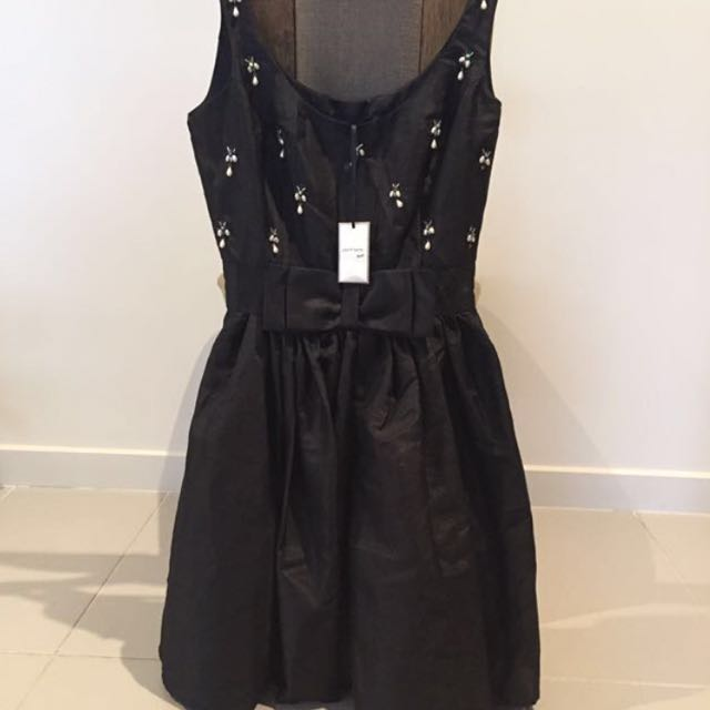 👗NEW WITH TAGS Portmans Black Dress