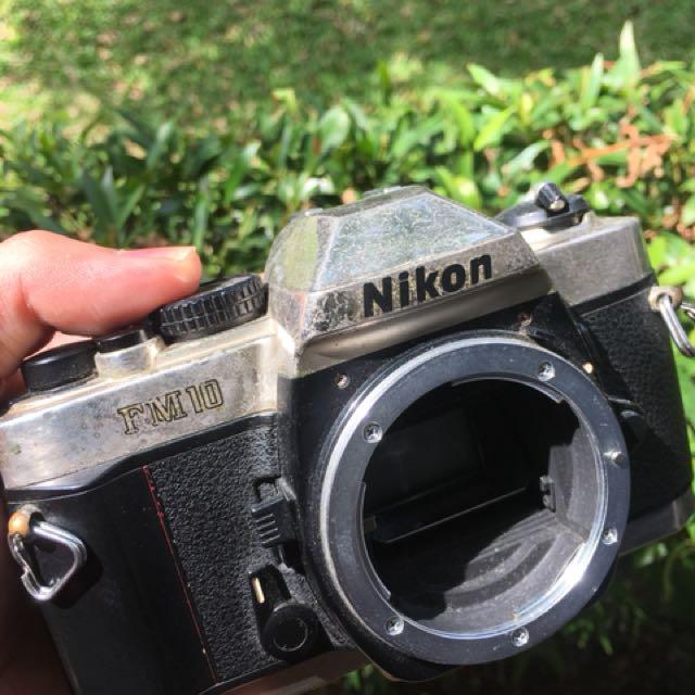 NIKON FM-10 (analog camera) body only
