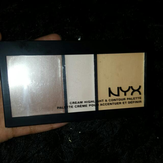 NYX: Cream Highlight + Contour Palette