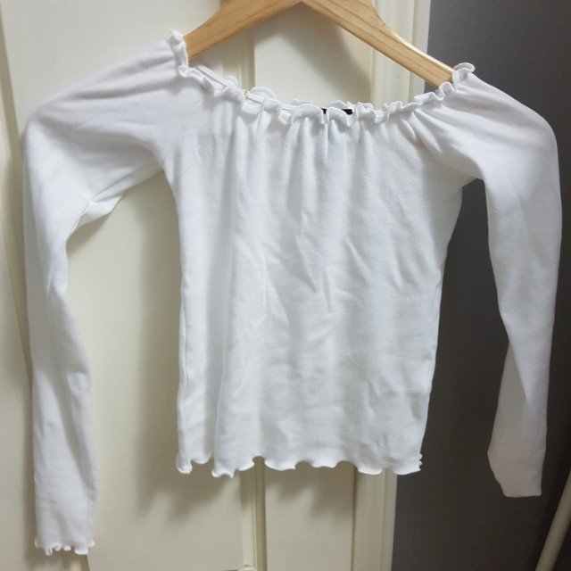 Off the shoulder long sleeve top, size Small