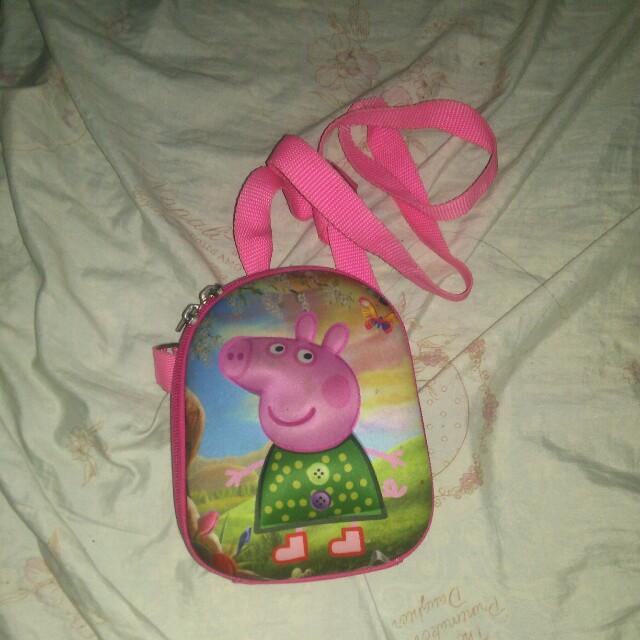 Peppa Pig Sling Bag 5.5 to 6 inch