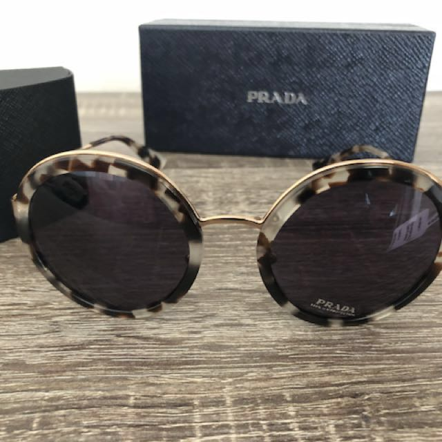 PRADA sunglasses 50TS