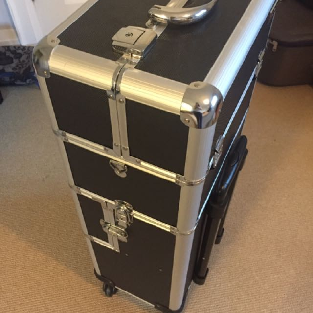 Proffessional Portable Make Up Case