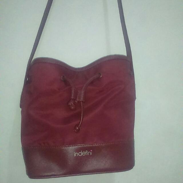 Sling Bag Indefini