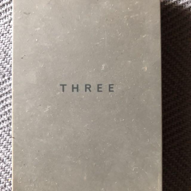 THREE遮瑕