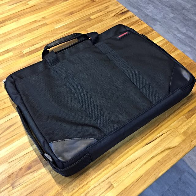 年終清倉降價TOSHIBA 15.6吋電腦包(全新)