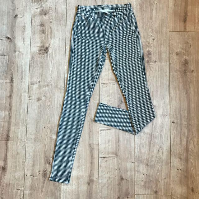 Uniqlo 細格紋彈性窄管褲 Zara Gu 日本 #長褲特賣