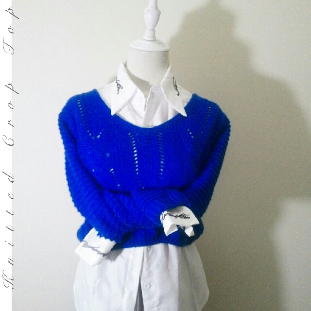 Used ✦ Electric Blue Knitted Crop Top ✦
